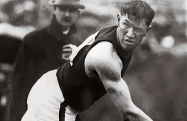 Jim Thorpe (© Bettmann-Corbis)