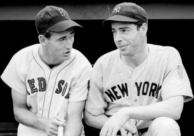 DiMaggio (a destra) con Ted Williams
