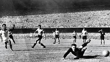 il gol iniziale di Friaça