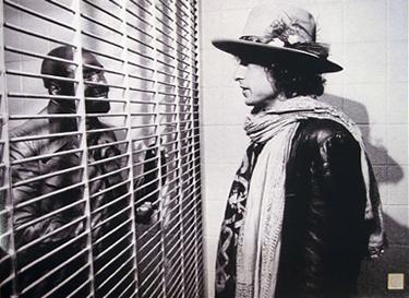 Bob Dylan incontra Hurricane in carcere (da TumbIr)