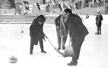 una gara di curling (© Olympic.org)