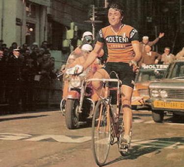1970: Michele Dancelli taglia il traguardo di Sanremo