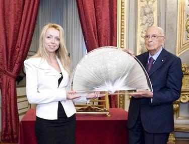 Olga Peshko con Giorgio Napolitano
