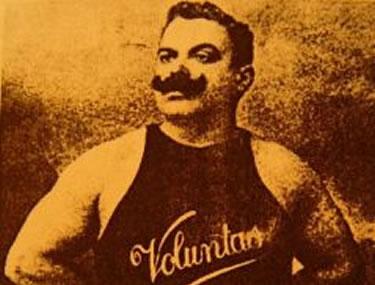 Carlo Airoldi in posa
