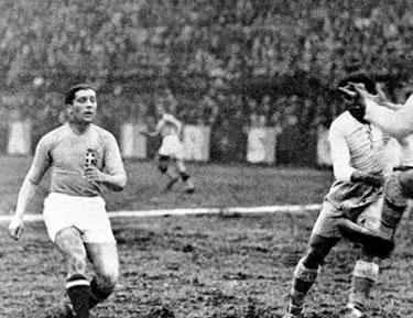 Meazza contro la Grecia nel 1934