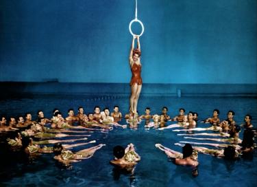 Con Esther il nuoto sincronizzato si raffina
