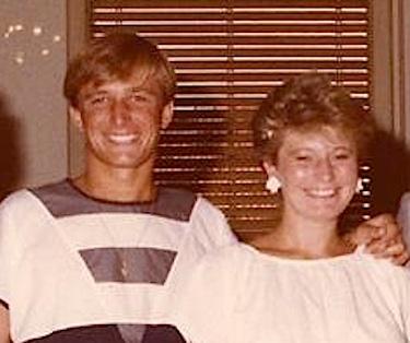 Donata Bergamini con il fratello Denis il giorno del suo matrimonio