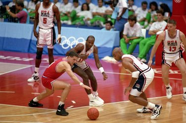 Petrović contro Barkley e Drexler © Getty Images