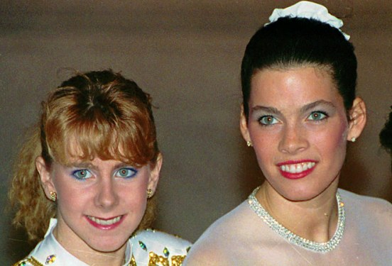 Le sorridenti Tonya e Nancy
