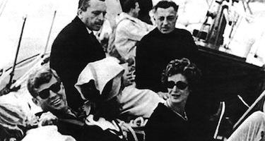 Gita in barca a Newport per JFK, Gianni Agnelli e consorti