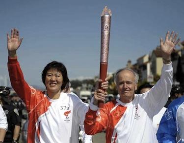 Lang Ping porta la fiacocla olimpica a San Francisco