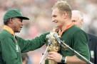 24 giugno 1995: Nelson Mandela premia Francois Pienaar