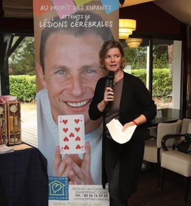 """Florence Papin promuove un evento organizzato da """"Neuf de coeur"""""""