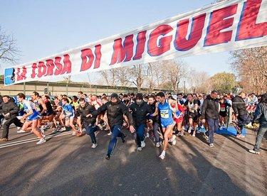 La partenza della Corsa di Miguel del 2009 (© Giancarlo Colombo per Omega/FIDAL)
