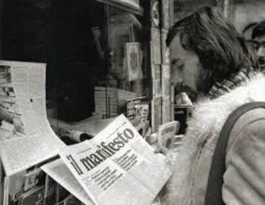 Paolo Sollier legge un quotidiano