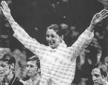 Antonella Ragno in trionfo