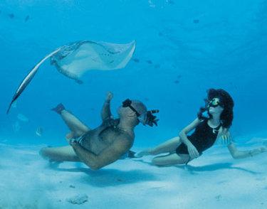 Audrey e Pipín alle Cayman (© audreymestre.com)