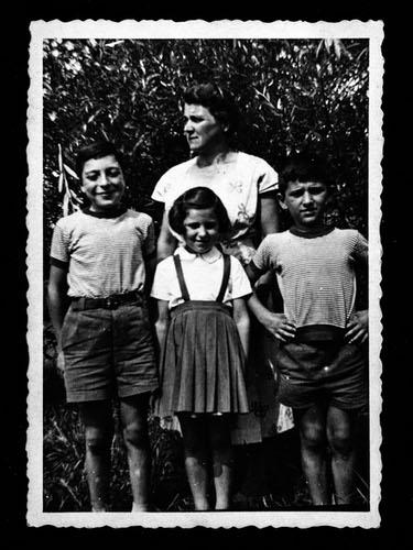 Da sinistra: Celestino, Rosa, Maria e Luigi Meroni (© Carlo Pozzoni Fotoeditore)