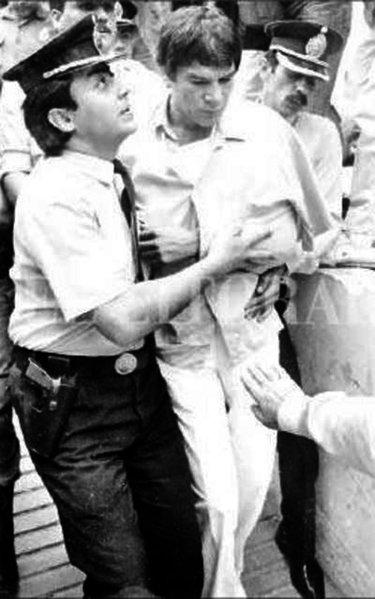 L'arresto di Monzón dopo l'omicidio di Alicia