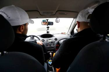 Daniele e Omar alla guida