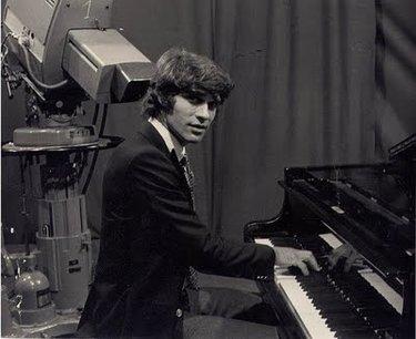 Cevert al pianoforte
