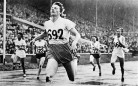 Fanny Blakers-Koen taglia il traguardo dei 200m a Londra 1948 ( ©AFP PHOTO)