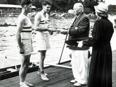 Laurie e Wilson premiati a Londra 1948