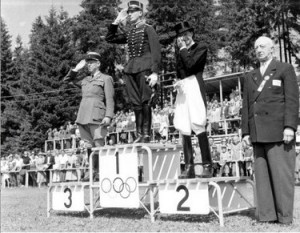 Helsinki 1952: il podio del dressage