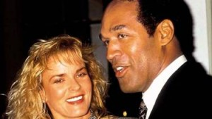 O.J. Simpson e Nicole Brown (© Getty Images)