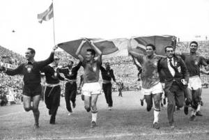 I calciatori brasiliani in trionfo